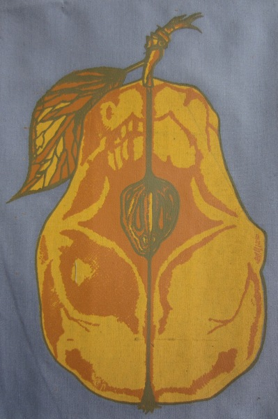 Rotten Pear Design Three-Layer Screen-Print on Fabric Sewn on T-shirts